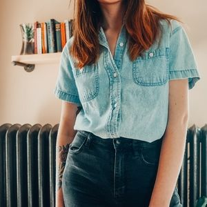 Vintage Short sleeve button down denim shirt